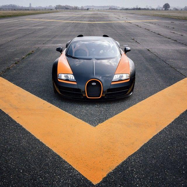 Bugatti Official Account On Instagram Trackday Bugatti Veyron Vitesse Worldrecordcar Photography Romanraetzke Bugatti Veyron Sport Cars Super Cars