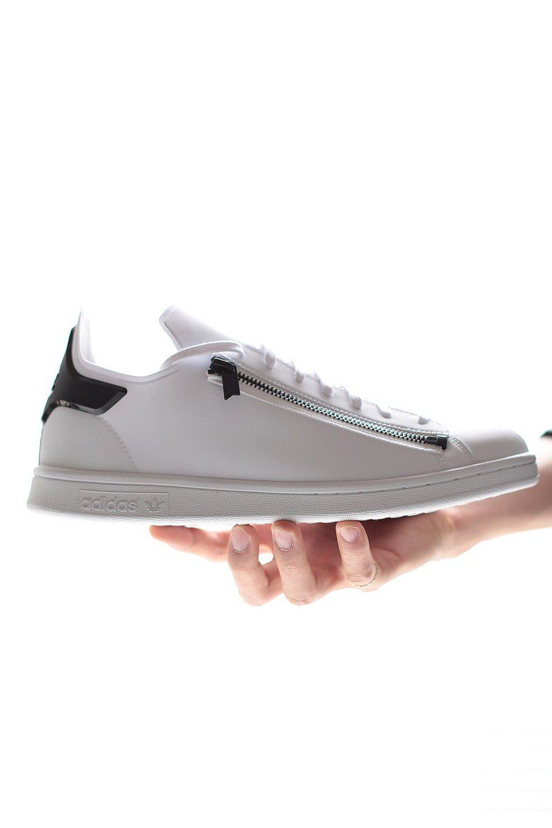 a57bf5126e568 Zip Stan Smith...zip sneaks getting mandatory in couture space | New ...