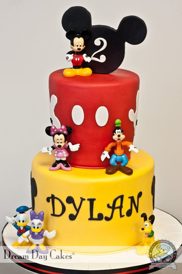 Mickey and Friends Birthday Cake I really want to be a baker