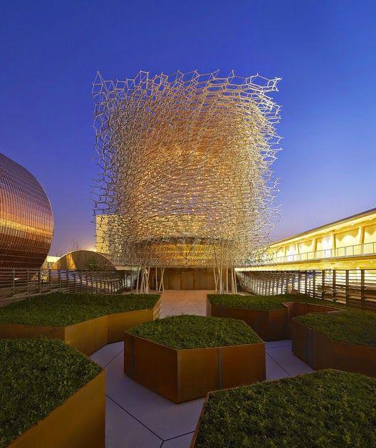 """Leer Arquitectura: Expo Milán 2015: Pabellón británico """"Virtual Beehi..."""