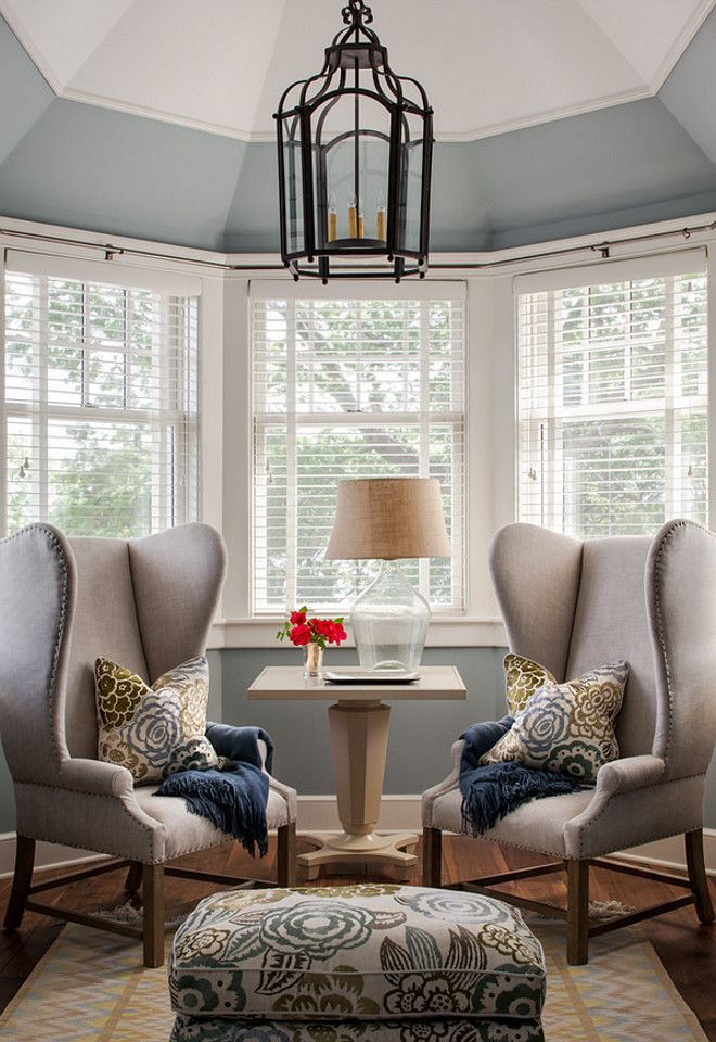 Bay windows furniture ideas furniture for bay window - Living room with bay window ...