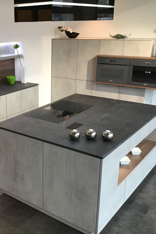 Schmidt Kuchen Und Wohnwelten Dresden In 2020 Schmidt Kuchen Kuche Beton Wohnung Kuche