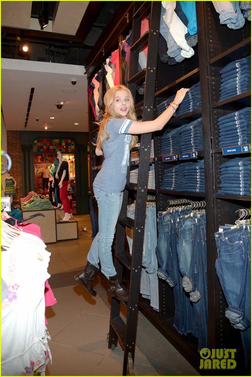 chloe moretz aeropostale   Chloe Moretz: Aeropostale Shopping Trip - Exclusive Pics!   chloe ...