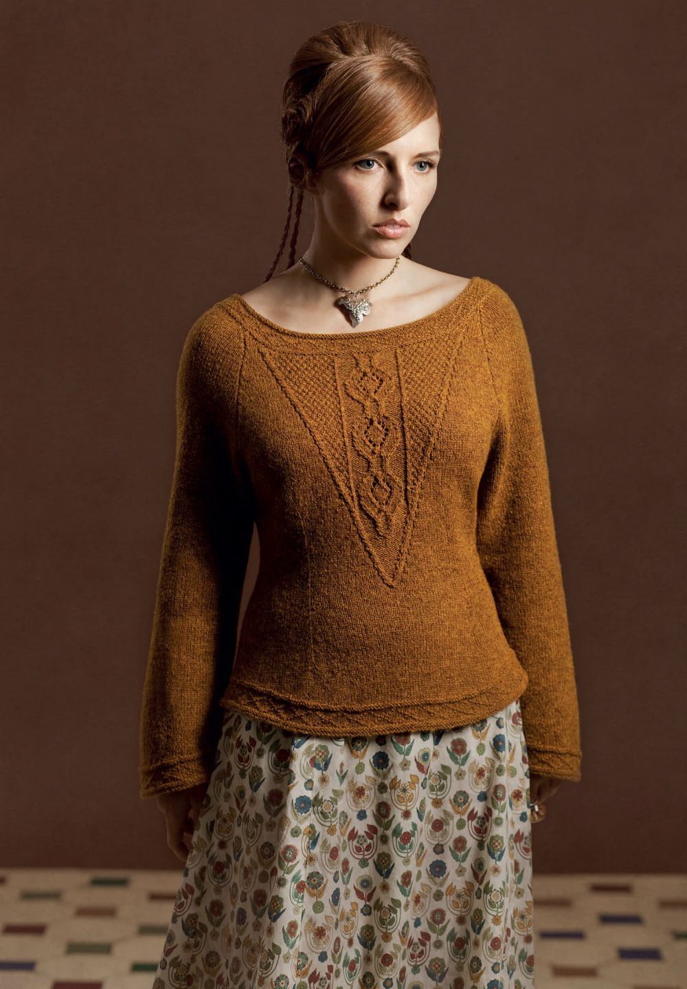 3deea3b0f87d0b Elizabeth the First Sweater by Alice Starmore (Free Pattern) - Craftfoxes