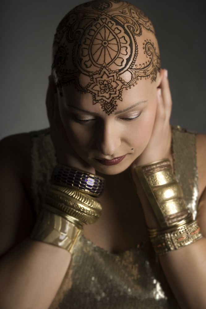 Beautiful Henna Crowns Bring Confidence And Joy To Women Experiencing Hair Loss