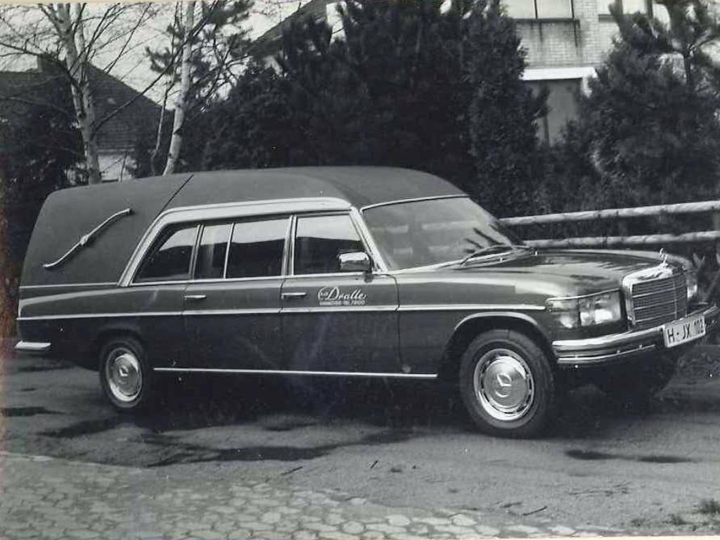 Mercedes benz w126 hearse mercedes benz w 126 pinterest mercedes benz
