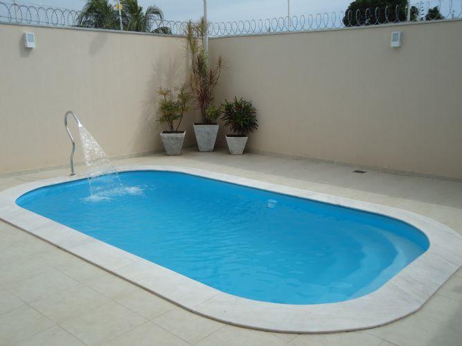 Quintal com piscina de fibra pesquisa google piscinas for Modelos de piscinas modernas
