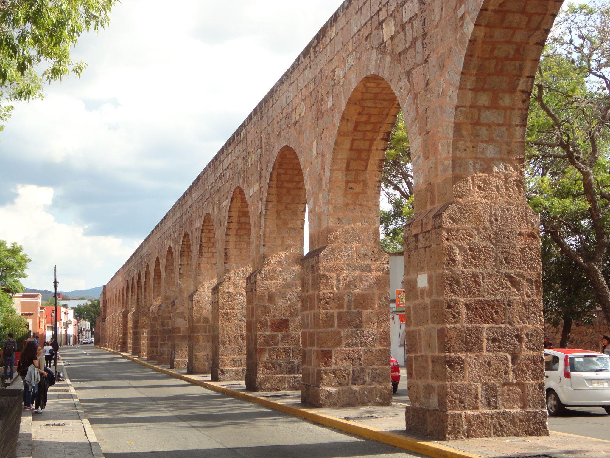 El Acueducto de Morelia es profundamente impactante.