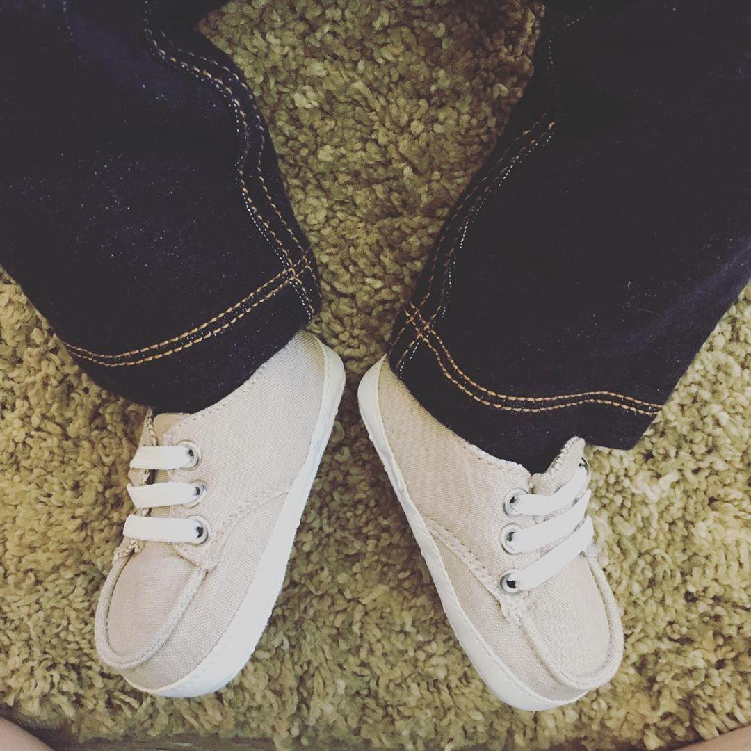 OMG these little peanut feet! 😍🥰 size 0