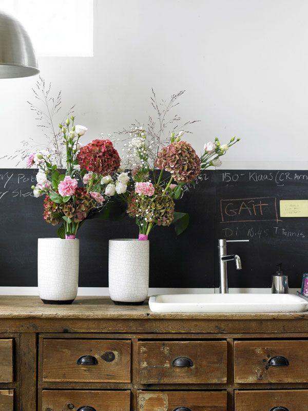 Holex Insights Week 21 Hydrangea Season Update Hydrangea Rose Bouquet Hydrangea Season Hydrangea Rose Bouquet