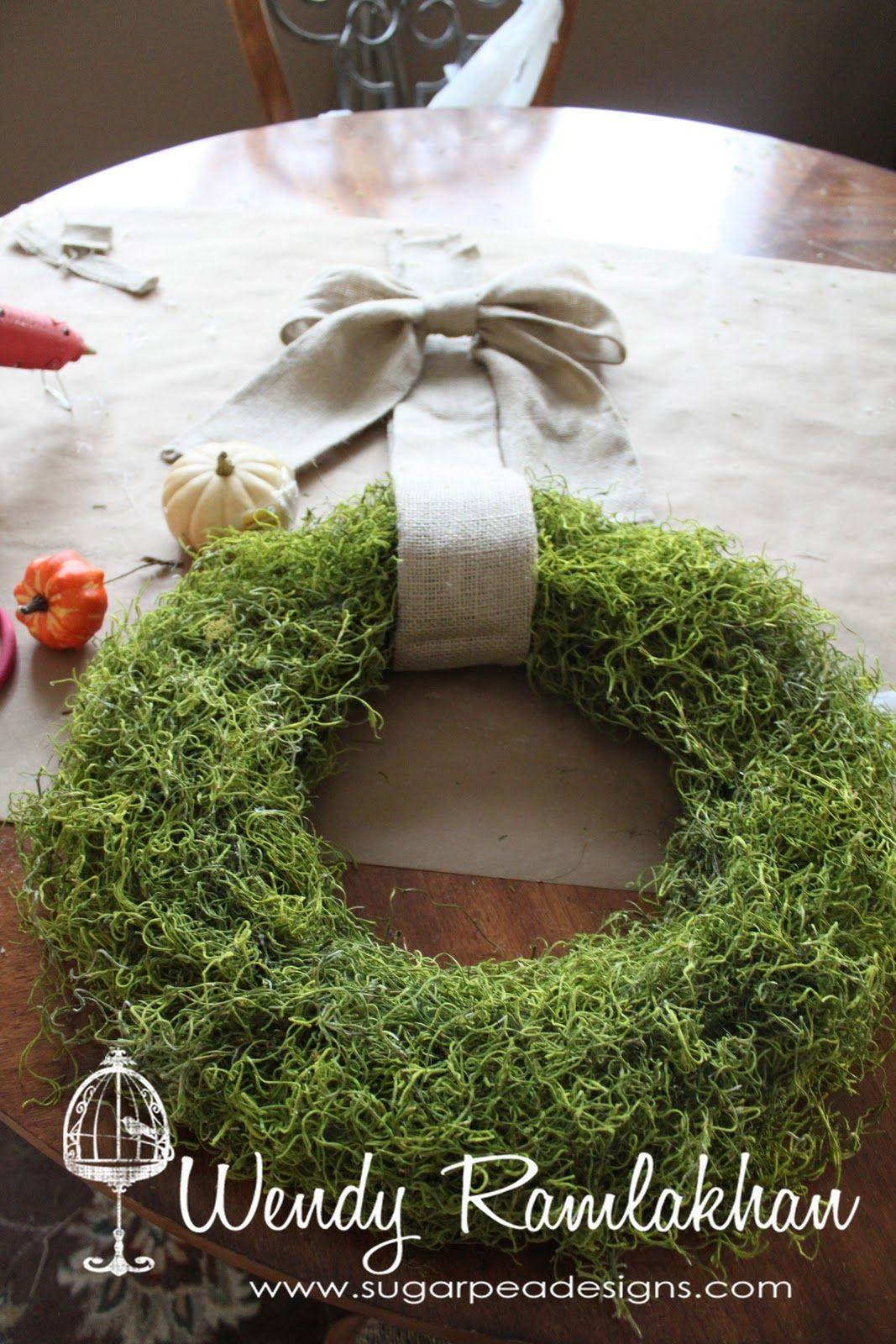 10 Ways To Decorate With Green Moss: SugarPea Designs: Fall Moss Covered Wreath - Tutorial