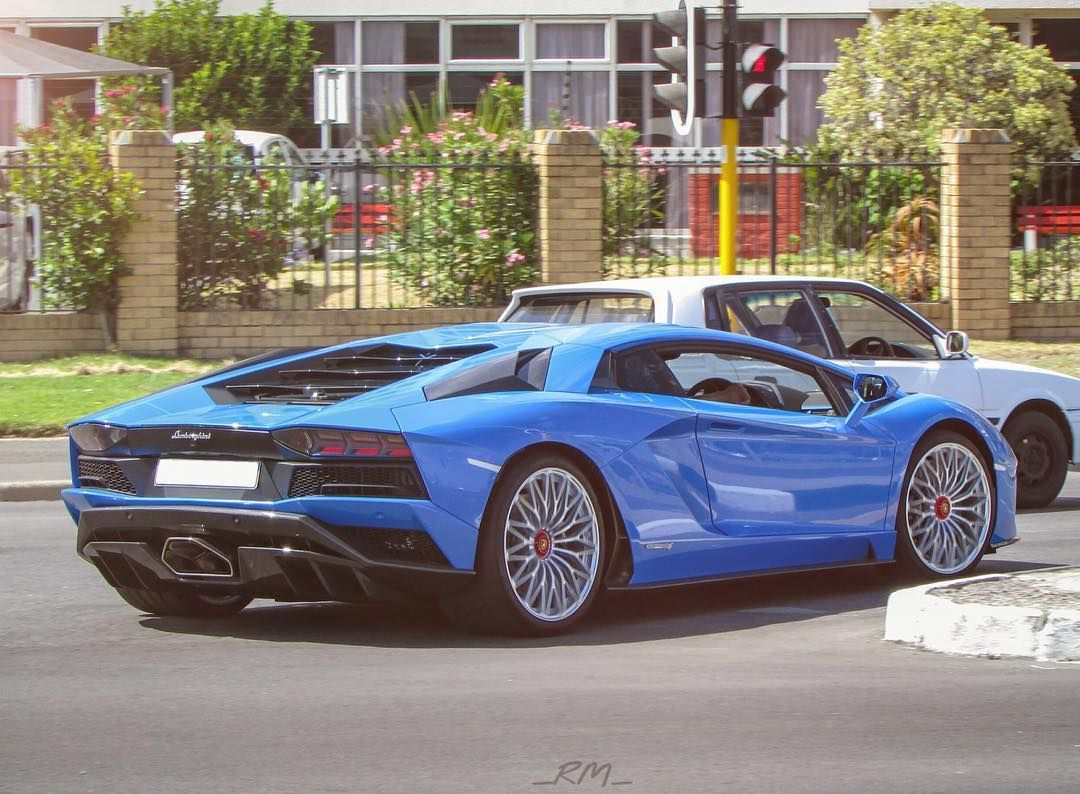 The Blu Nila Aventador S Came Out To Play In Cape Town And
