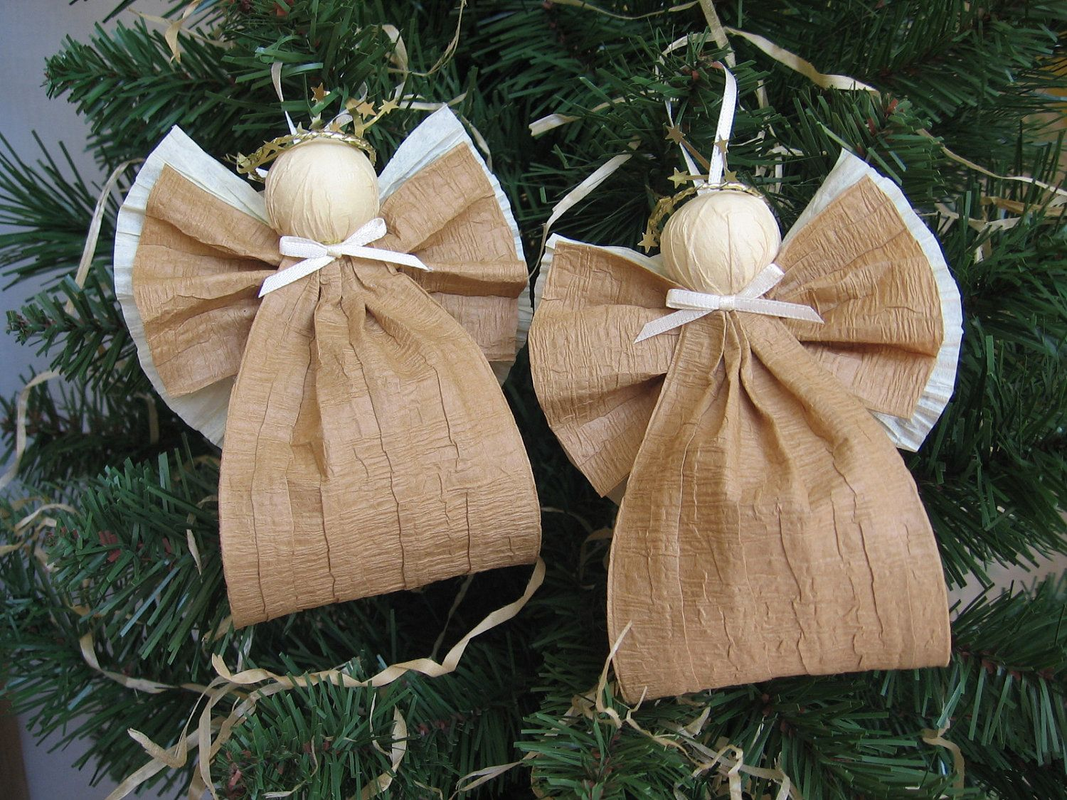 Angel christmas ornaments kraft paper ribbon angel tree for Burlap ribbon on tree