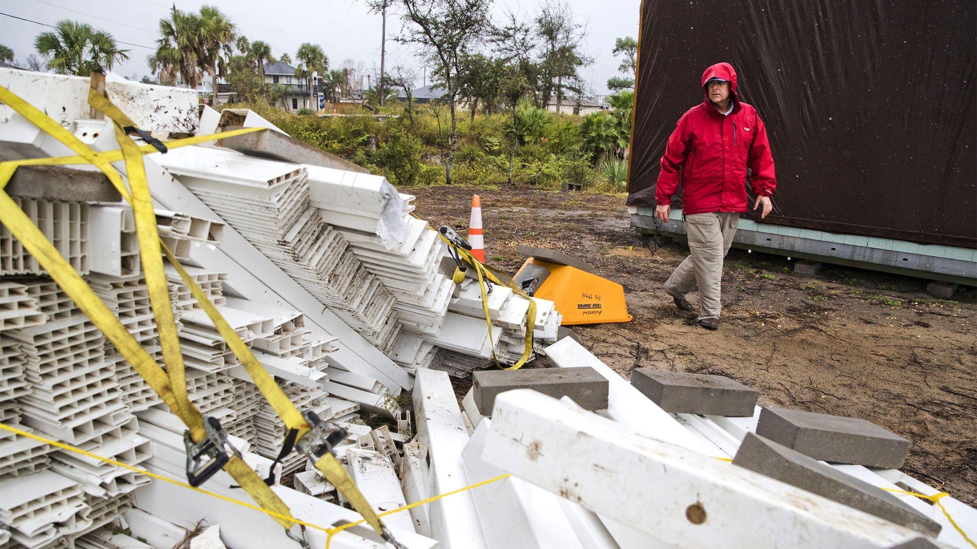 La tormenta tropical Néstor arrasa Florida con lluvias