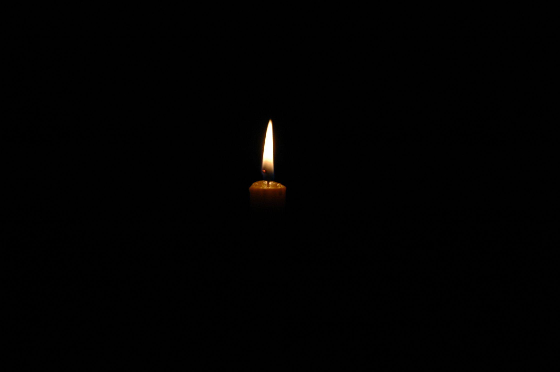 Dark room with light through window - Darkness