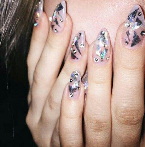 pinallyson kelley on inspo //  round nails nails