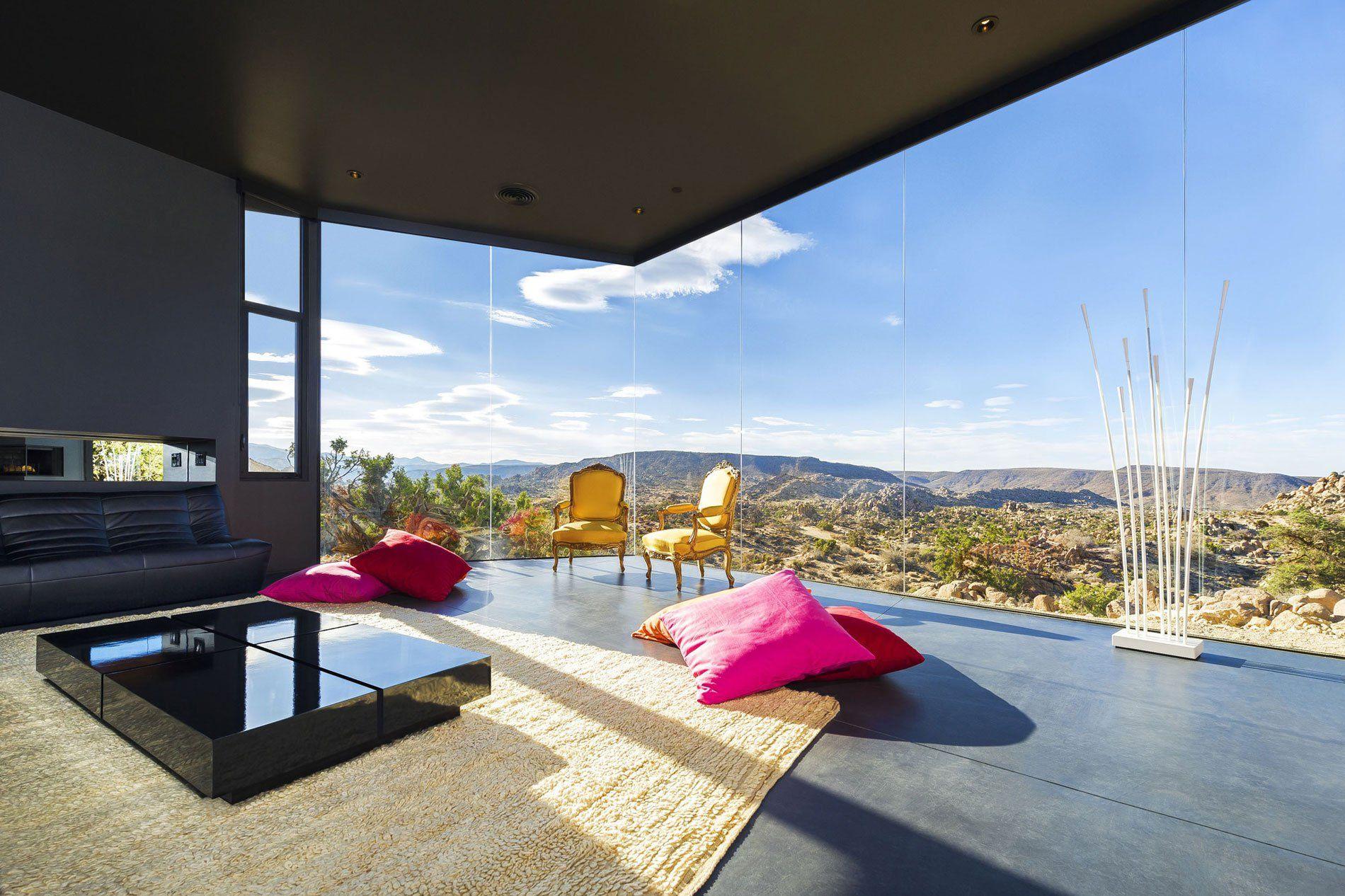 Modern plex of luxury villas and apartments in the Dalmatian