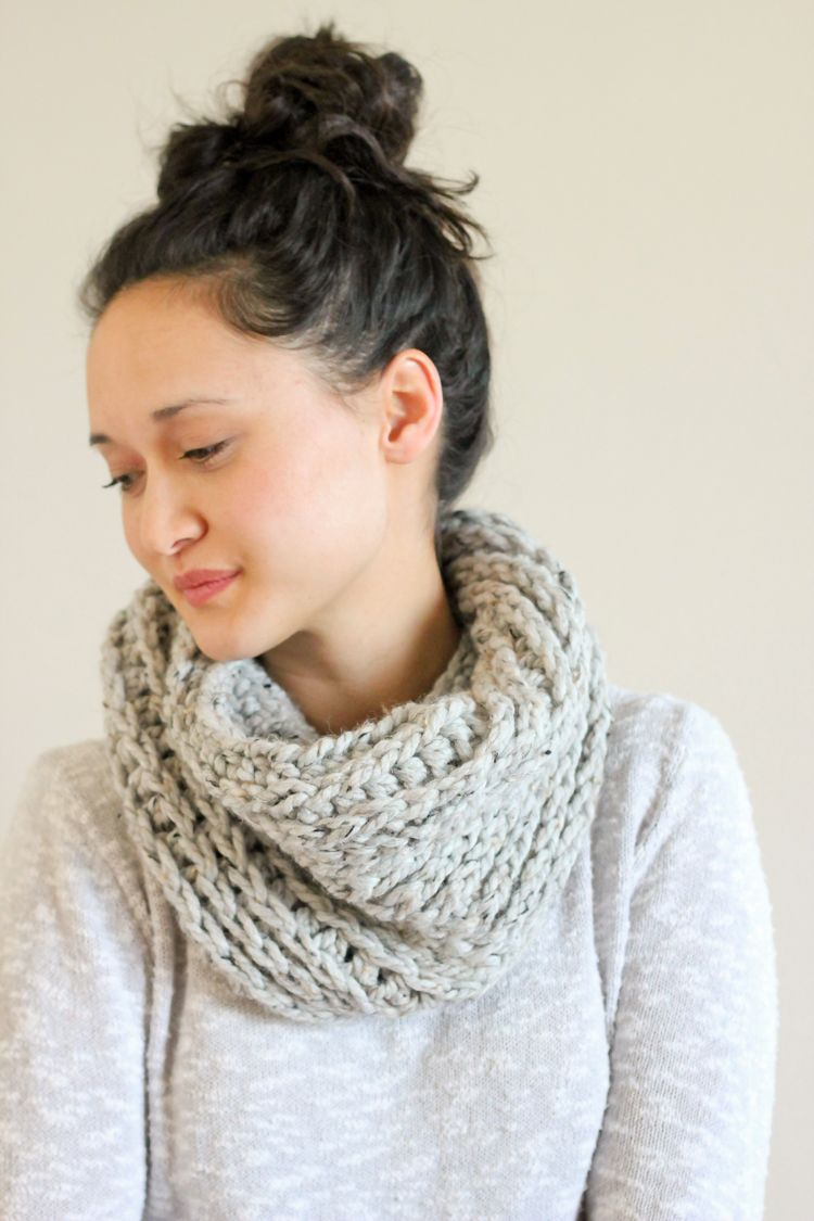 Knit Look Crochet Cowl – FREE PATTERN | Crochet Patterns | Pinterest ...