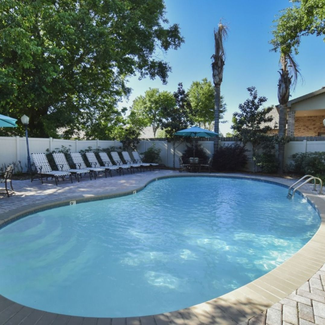 Apartments In Metairie: Properties: New Orleans Apartments