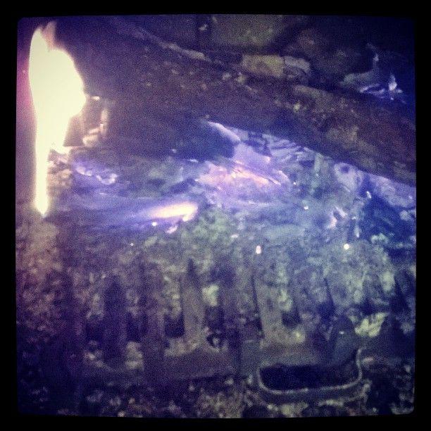 Soirée #cheminée #instamood #cocooning #instalike #instafollow