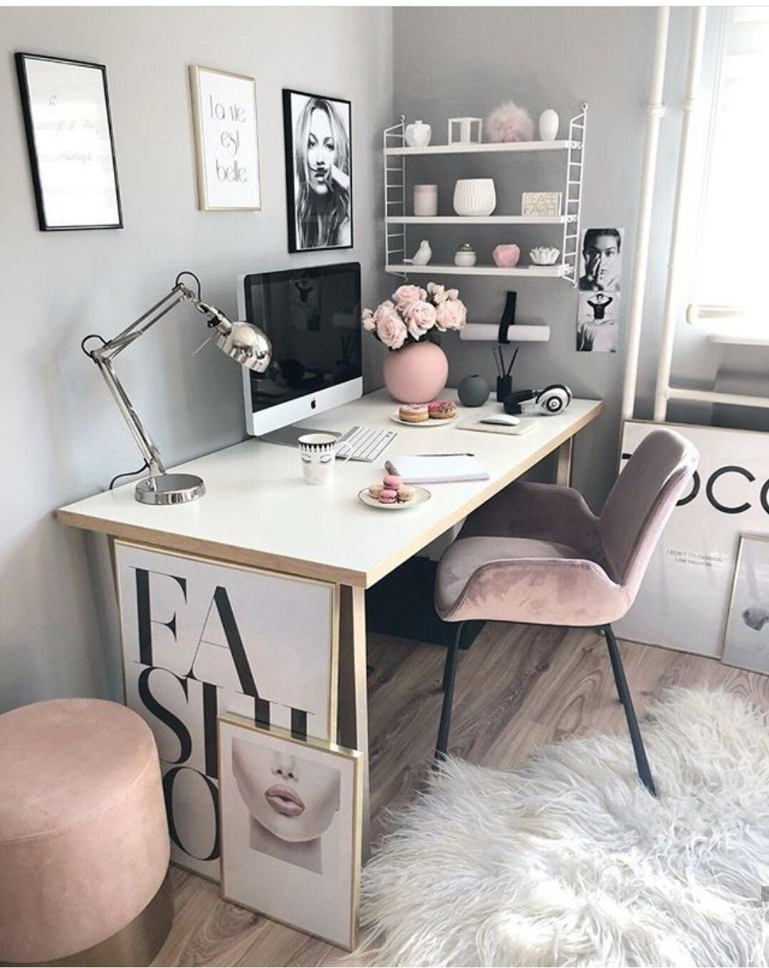 Pin By Fancynchic Fashion Lifesty On Decoracao Para Quartos Home Office Decor Home Office Design Feminine Home Offices