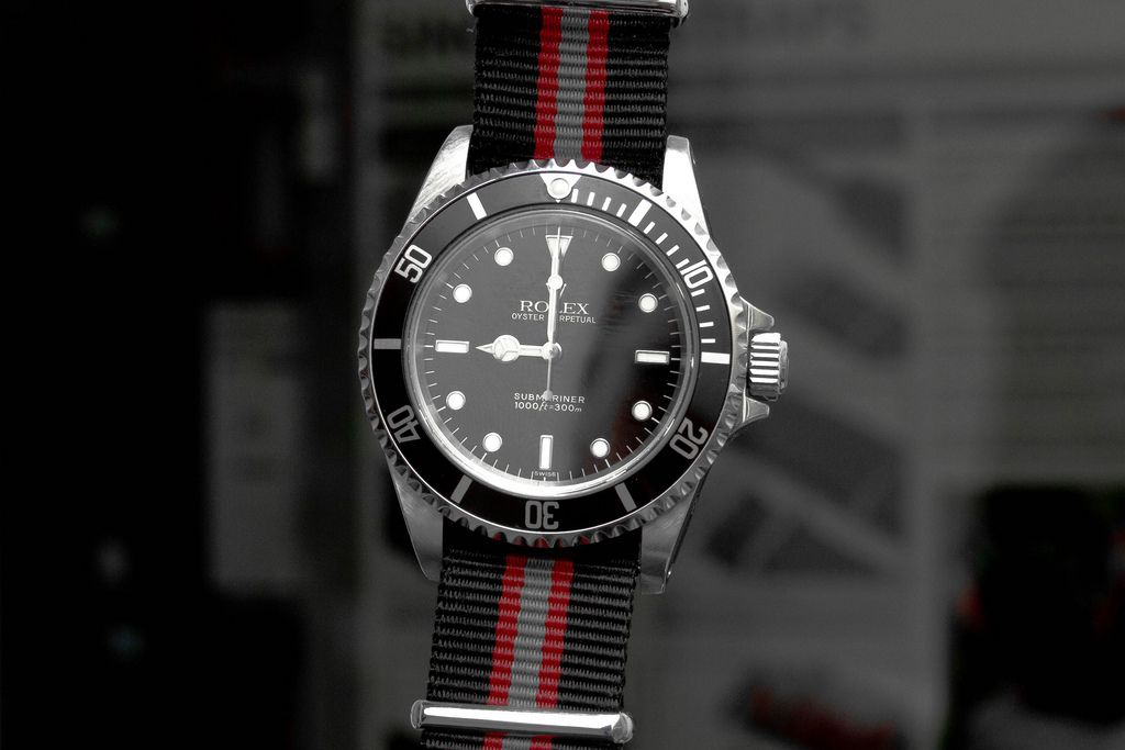 Calling all submariner experts is this a fake sub it