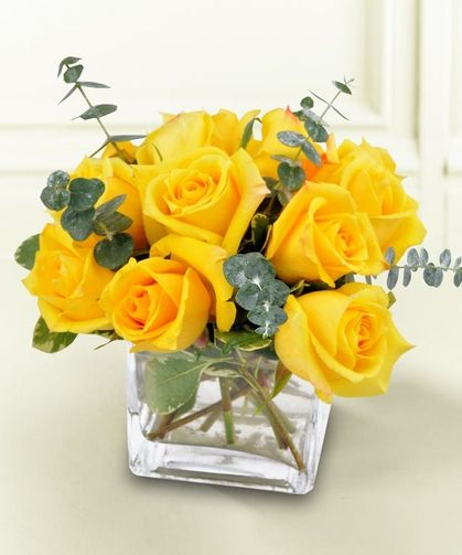 Yellow Rose Bravo Full Yellow Roses With Eucalyptus Greens Yellow Roses Yellow Rose Bouquet Same Day Flower Delivery