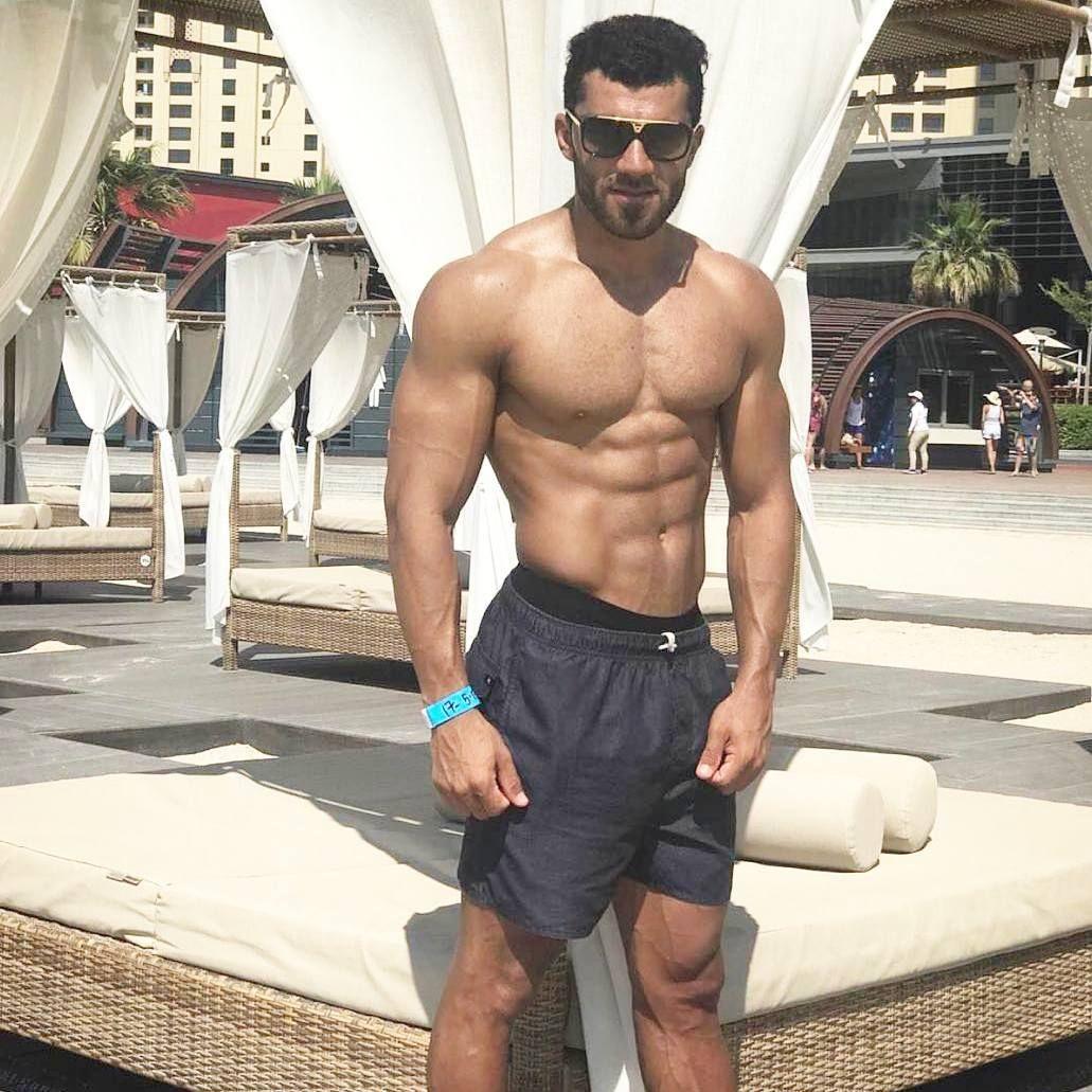 227 Mentions J Aime 3 Commentaires Handsome Arab Men Arabian Myth Sur Instagram شيخ الشباب الإماراتي الوسيم Kalood 101 Hubby Swimwear Speedo