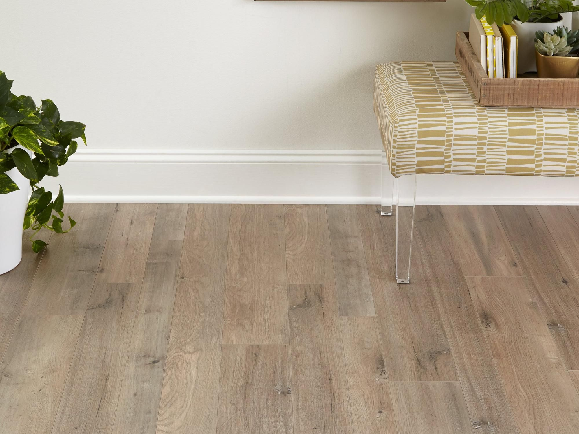 Dove Gray Ash Random Width Laminate In 2020 Brown Laminate Flooring Flooring Wood Laminate Flooring