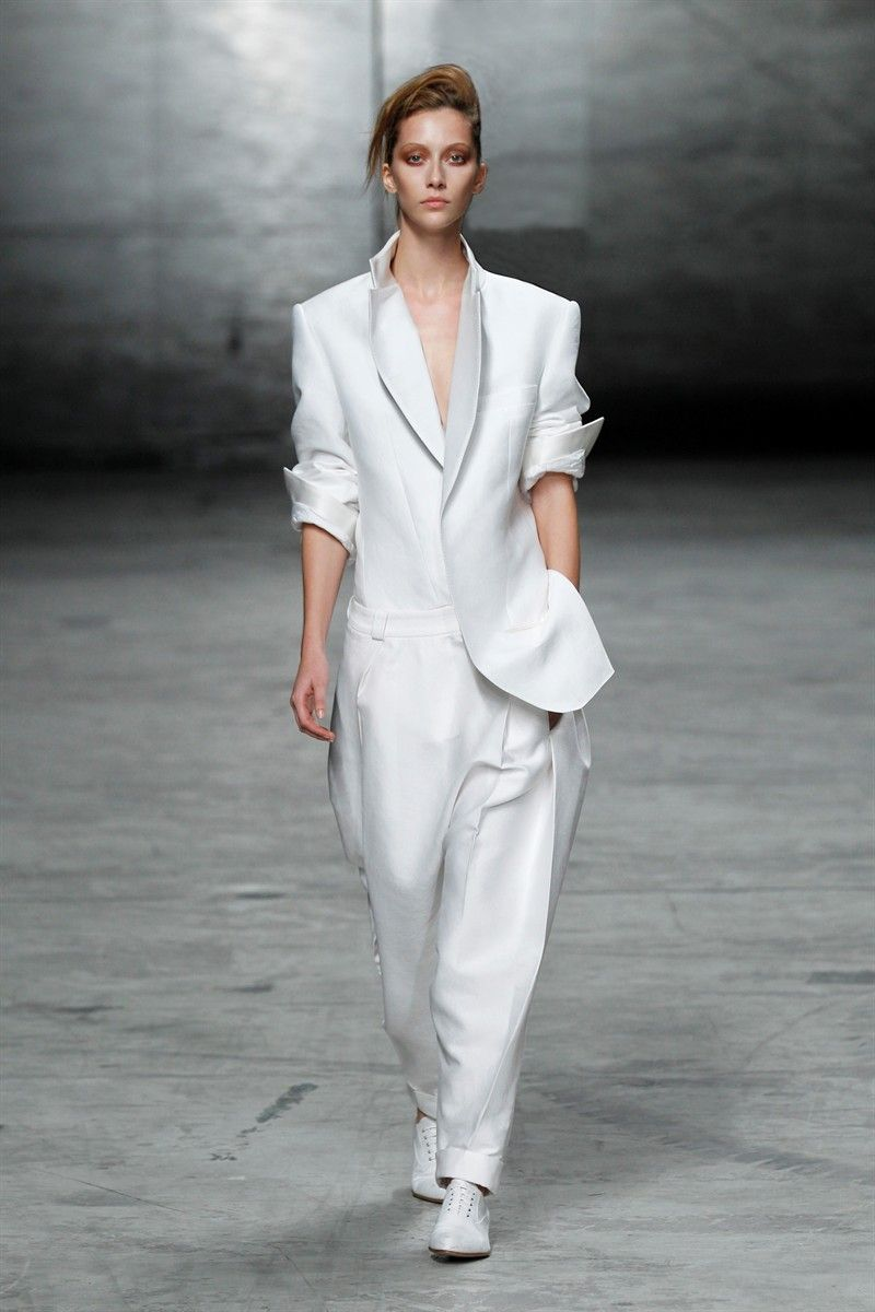 white pant suits for women | White jackets and suits are trending ...