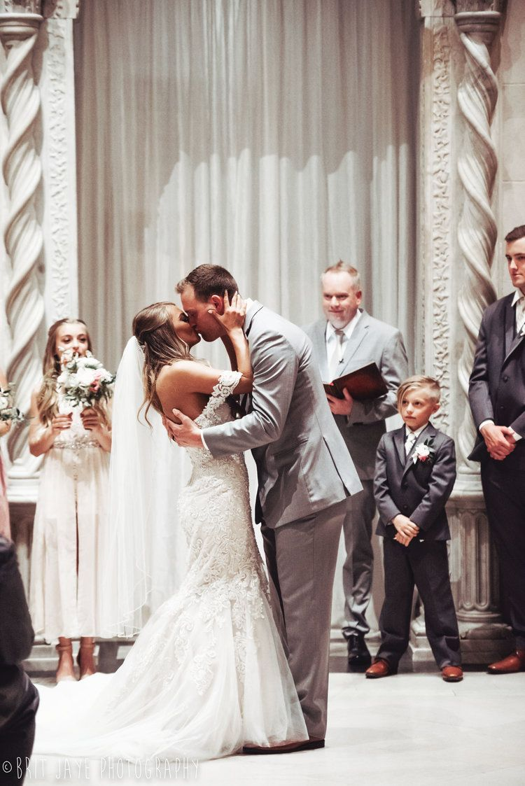 The Most Perfect Wedding At The Dayton Art Institute Wedding Film Perfect Wedding Wedding Photography