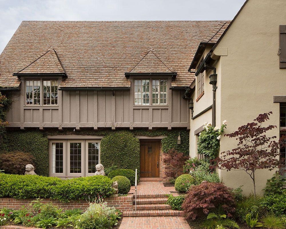 A 1928 Tudor Home In San Francisco Designed By Anyon Design Homes Gardens Homes Gardensdocument Do Tudor House House Design Beautiful Houses Interior