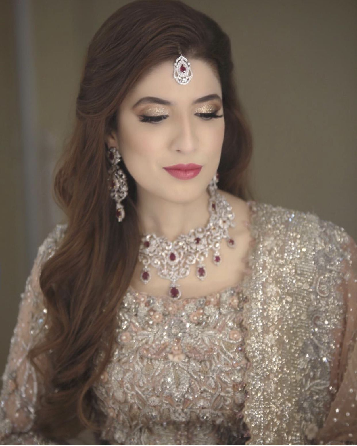 Baat Pakki Engagement Hairstyle Inspo Bridal Fashion Jewelry