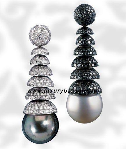 8c3f3e4da7452 de Grisogono Black Diamond Drop Pearl and Diamond White Gold ...