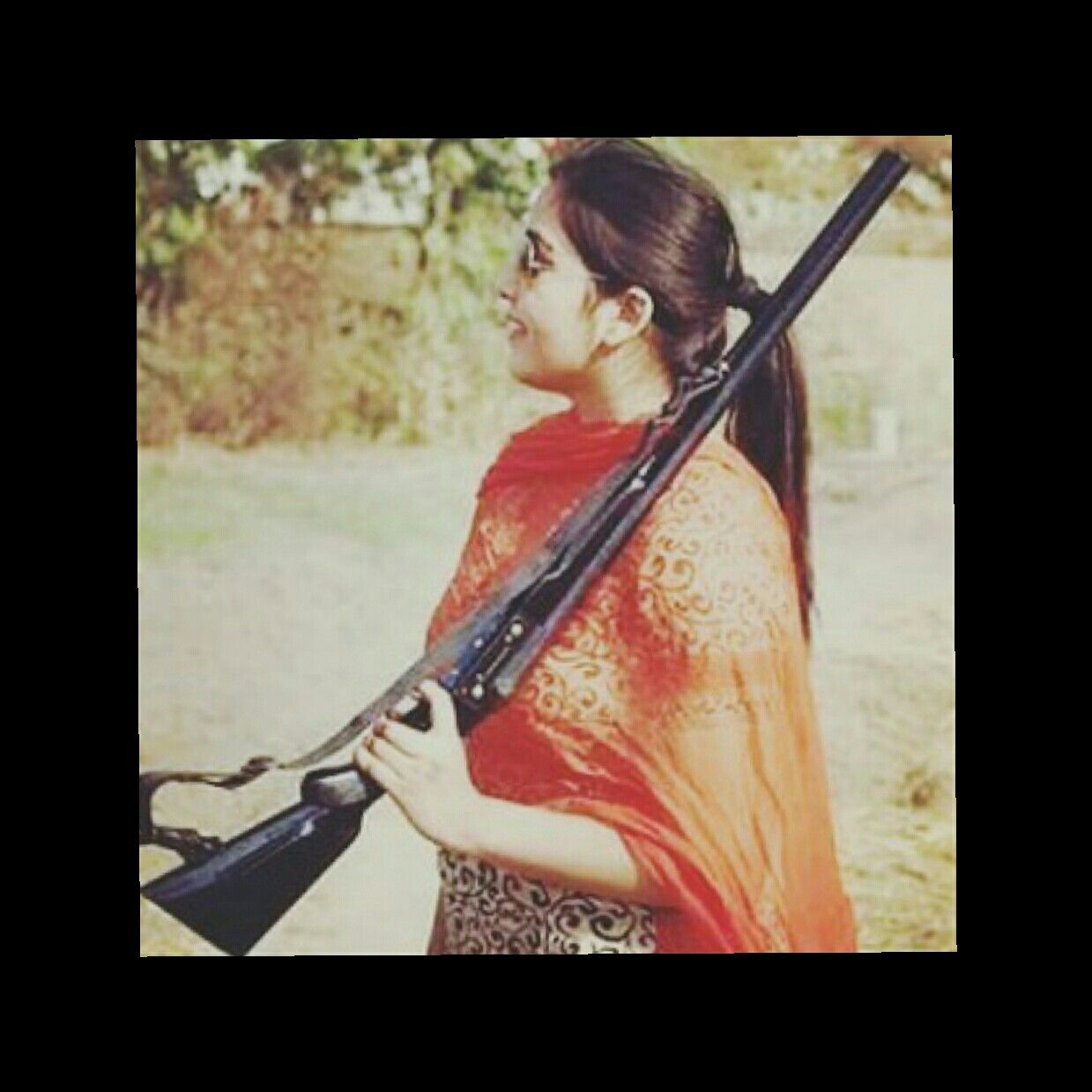 Pin by Monika Singh on Dpzzz Girly pictures, Girl guns