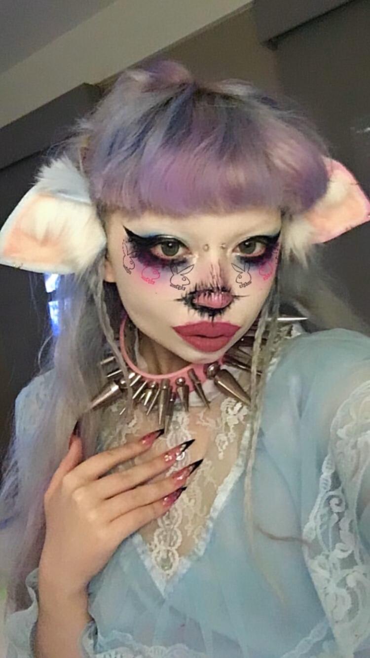 jazmin in 2020 Peach aesthetic, Punk makeup, Edgy makeup