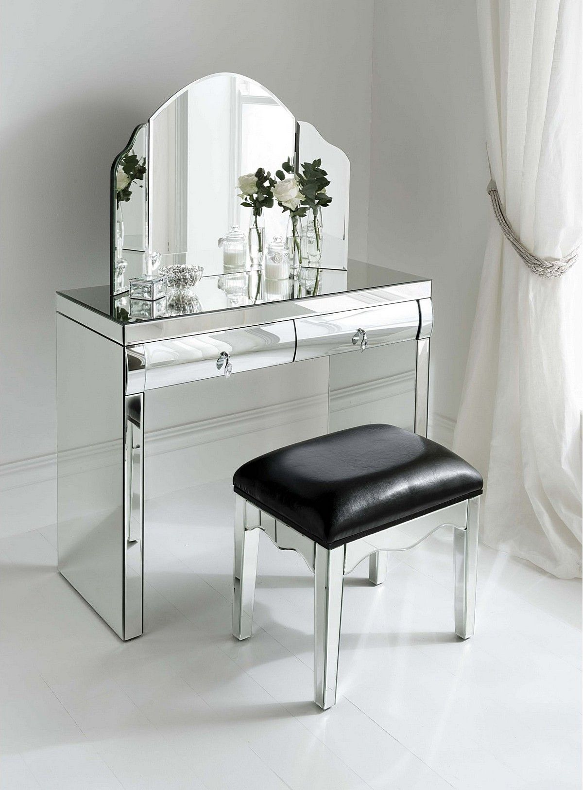 Best Glass Mirrored Dressing Table Design Inspiration For 400 x 300