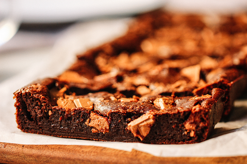 Chocolate Brownie Cake كيك براوني الشوكولاتة Youtube Brownie Cake Chocolate Brownie Cake Chocolate Brownies