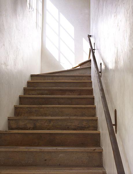 Antiquestaircase Texturedwalls Handrail Staircase Architecture | Antique Handrails For Stairs | Antique Brass | Wood | Antique Green | Antique Furniture | Architectural Antiques
