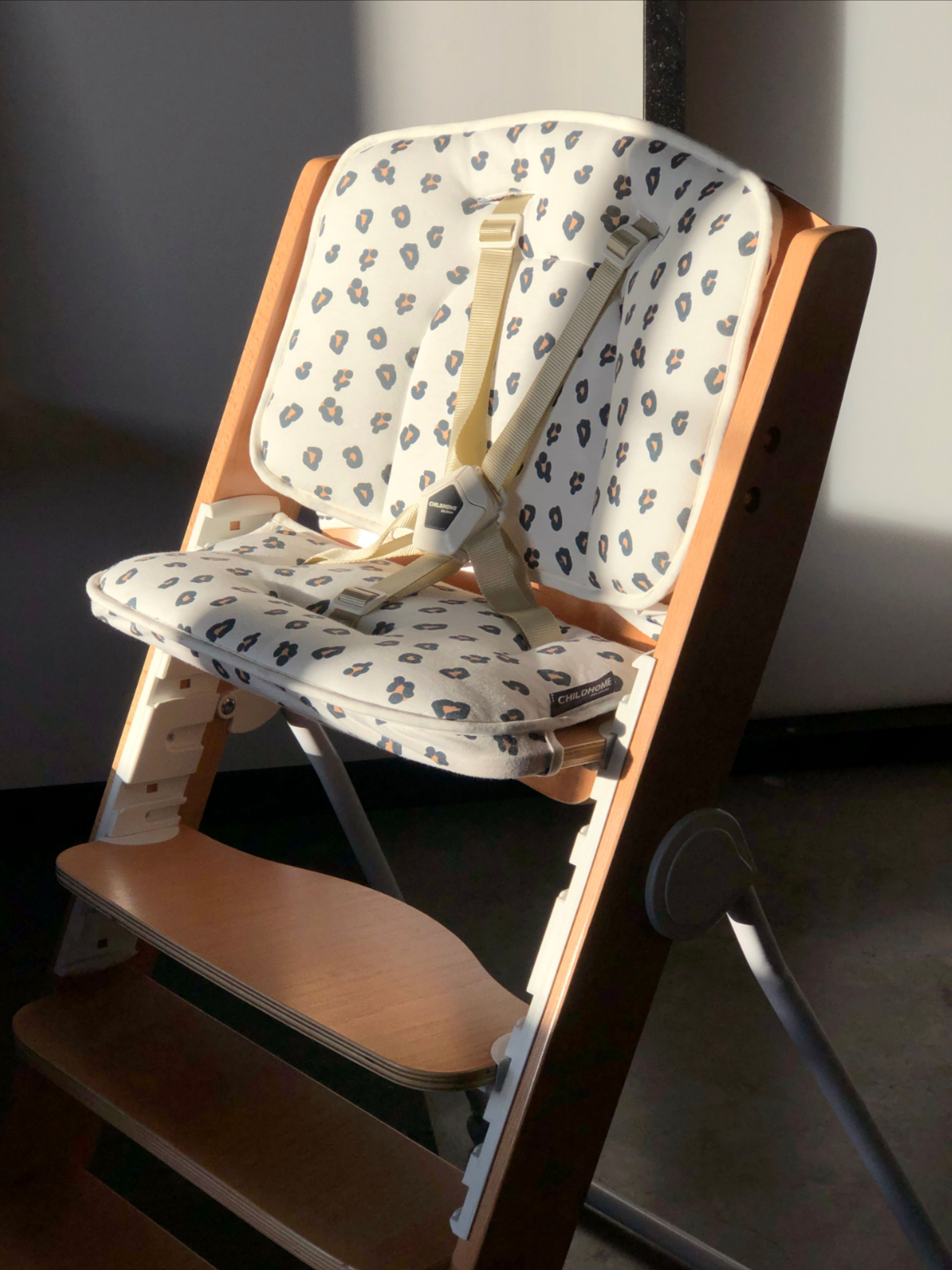 The Kitgrow 4in1 high chair will last a lifetime!☀ With