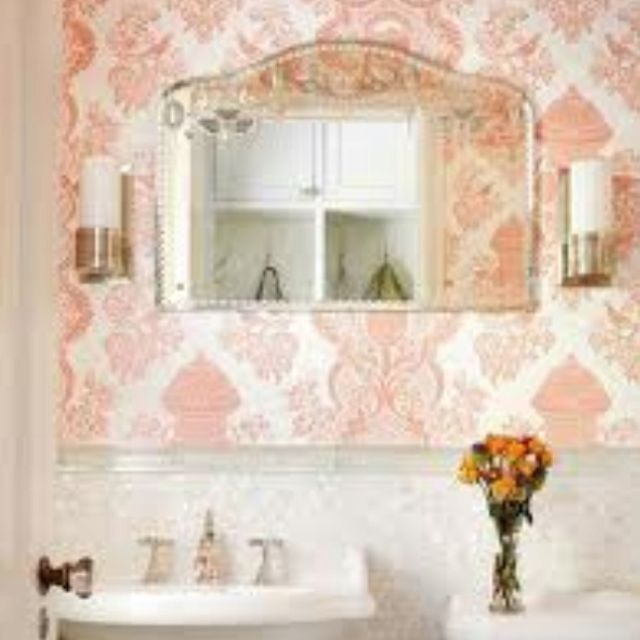 I absolutely love this. And already have a mirror like this :)