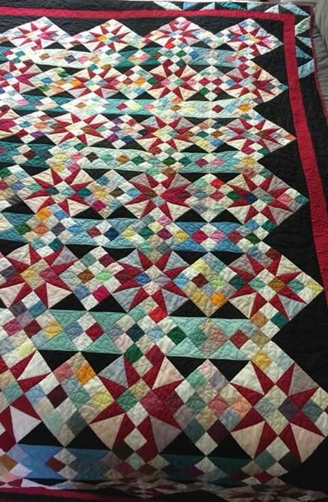 Cathedral Stars Quilt Pattern : cathedral, stars, quilt, pattern, Cathedral, Window, Stars, Quilt, Piecing,, Bonnie, Hunter,, Quilts