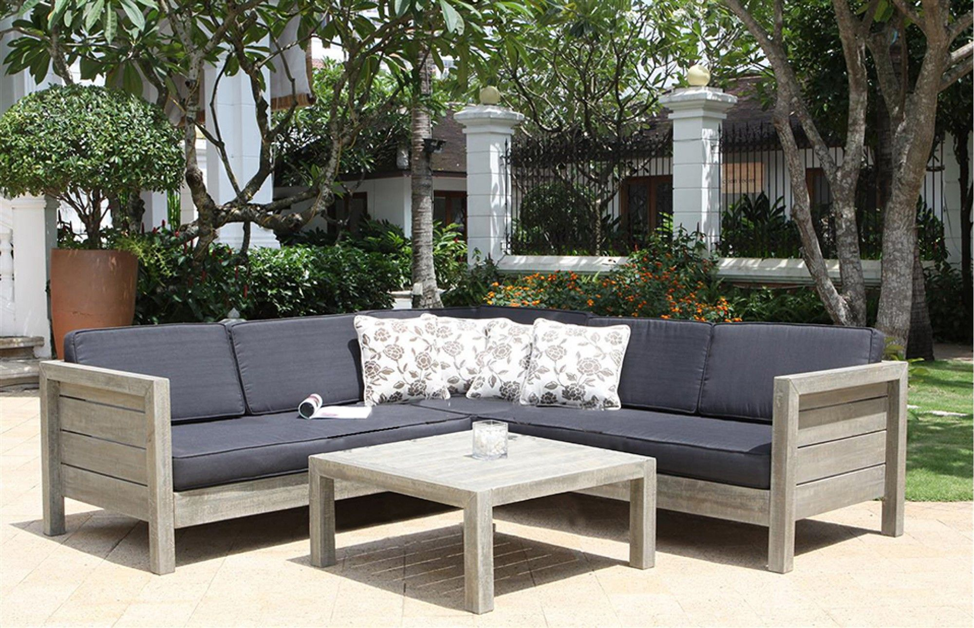 Designer Outdoor Furniture lodge wooden garden sofa set | garden sofa set, garden sofa and