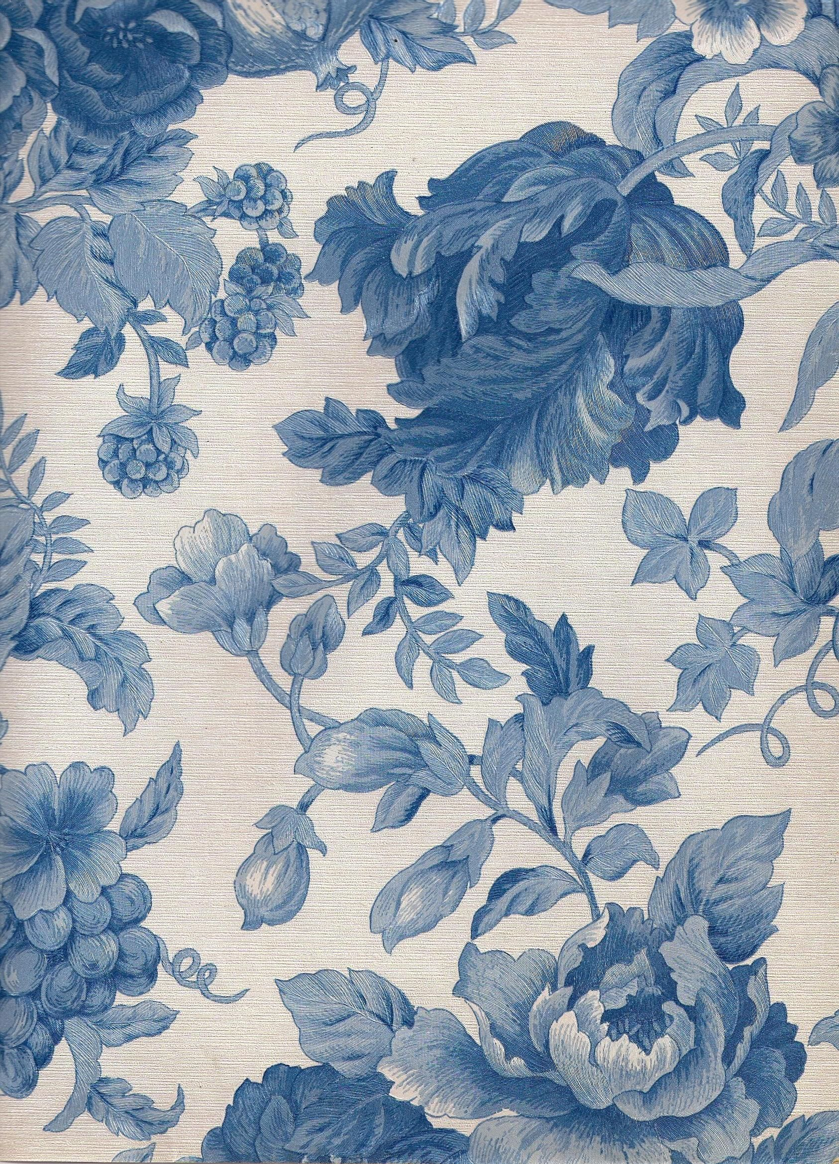 Old Fashioned Blue On White Blue Floral Wallpaper Blue Flower
