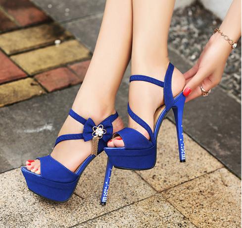 c3db37304 tacones para vestidos largos abiertos azules