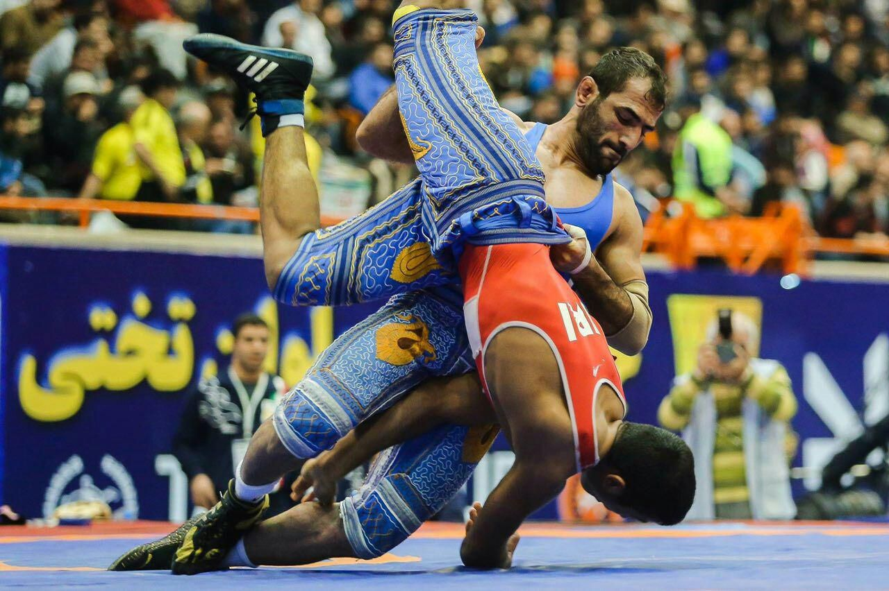 Dak gay wrestling