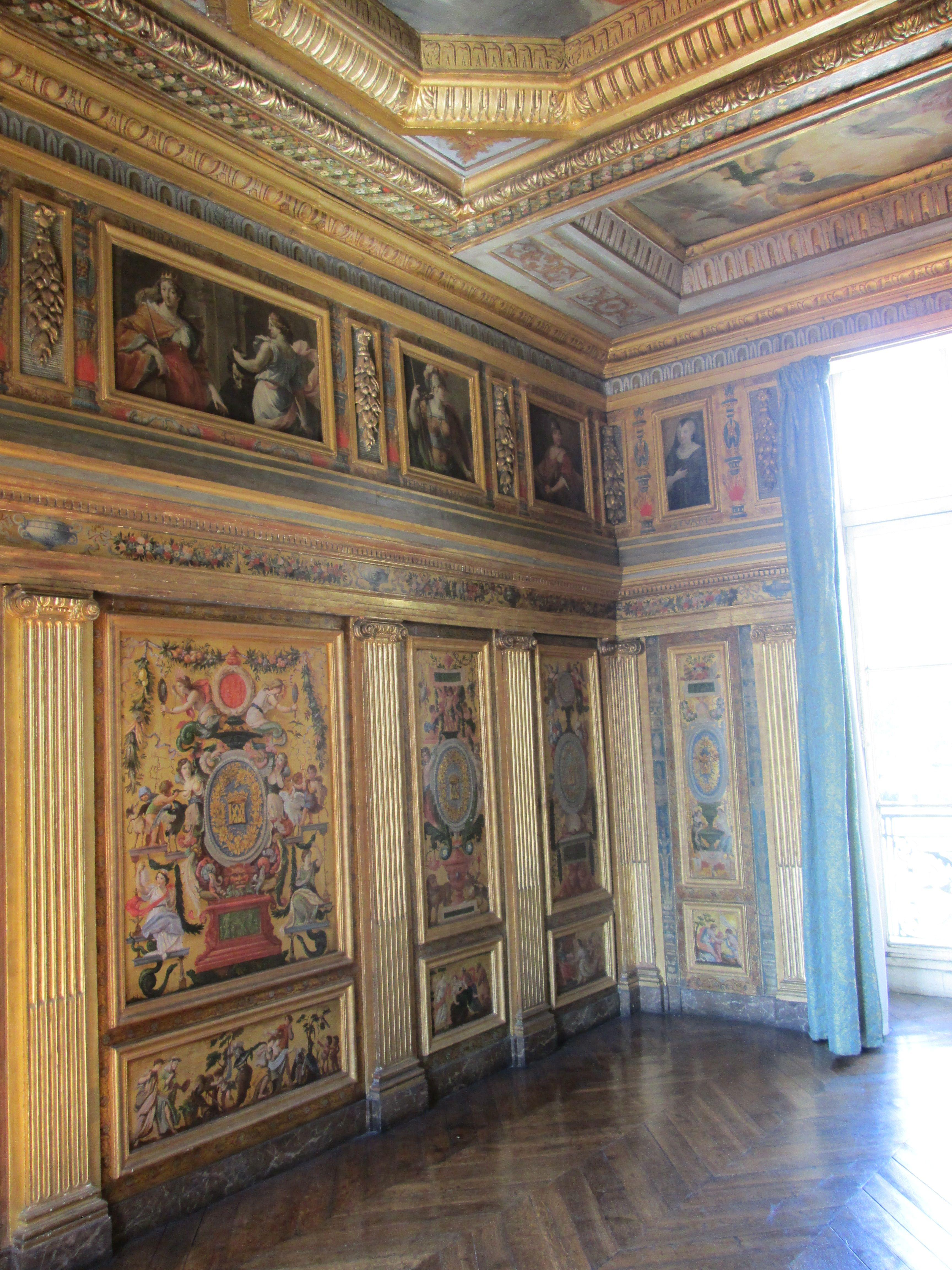 Cabinet dor des femmes fortes de marie de coss brissac for Salon musique paris