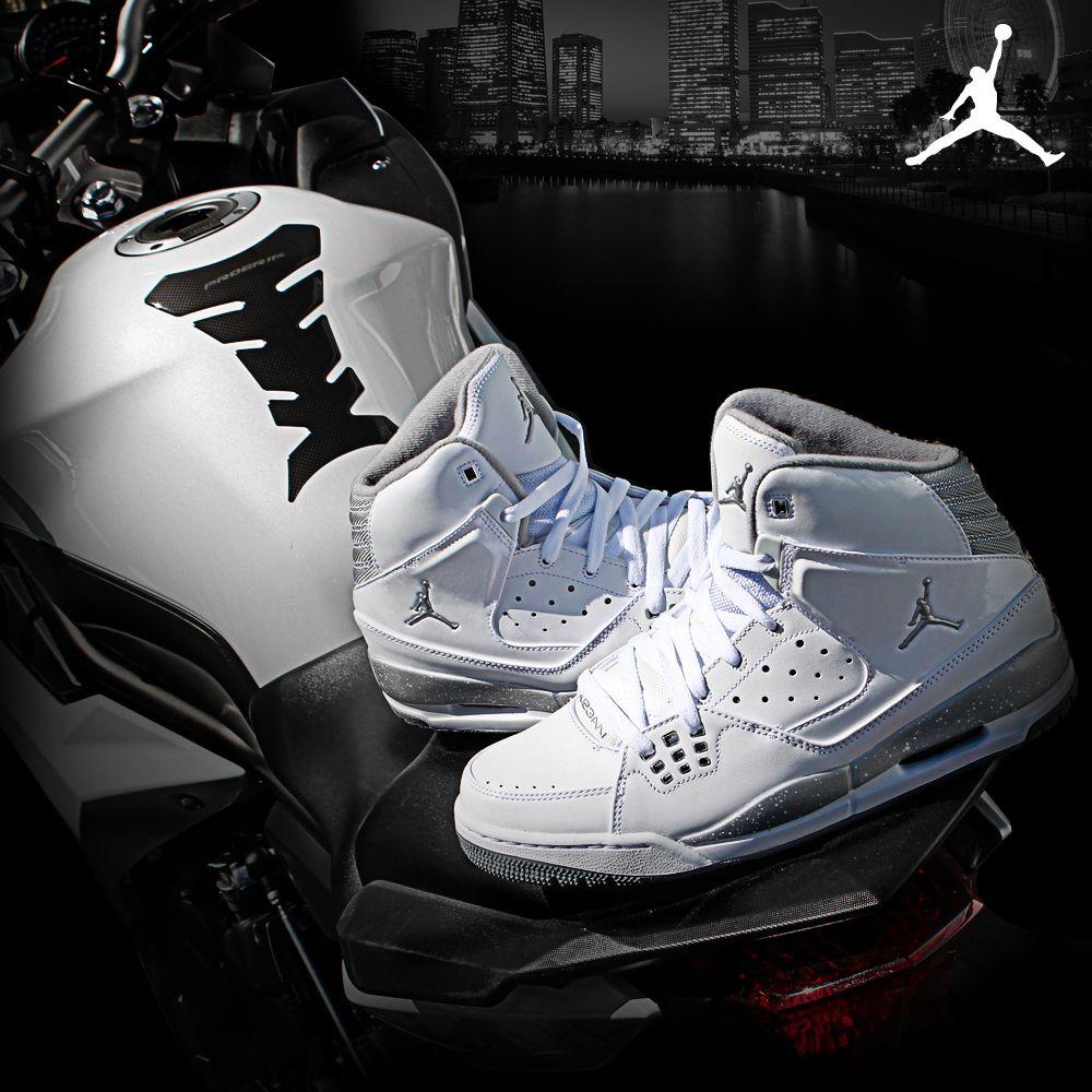 Inspired by the brand's flight series, Jordan SC1 is