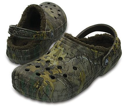 02cfde8ab1fbe Make a statement in Crocs fur-lined clogs, now in camo! Great for indoors  or outside, these camo clog shoes are versatile for wherever the day may  take you.