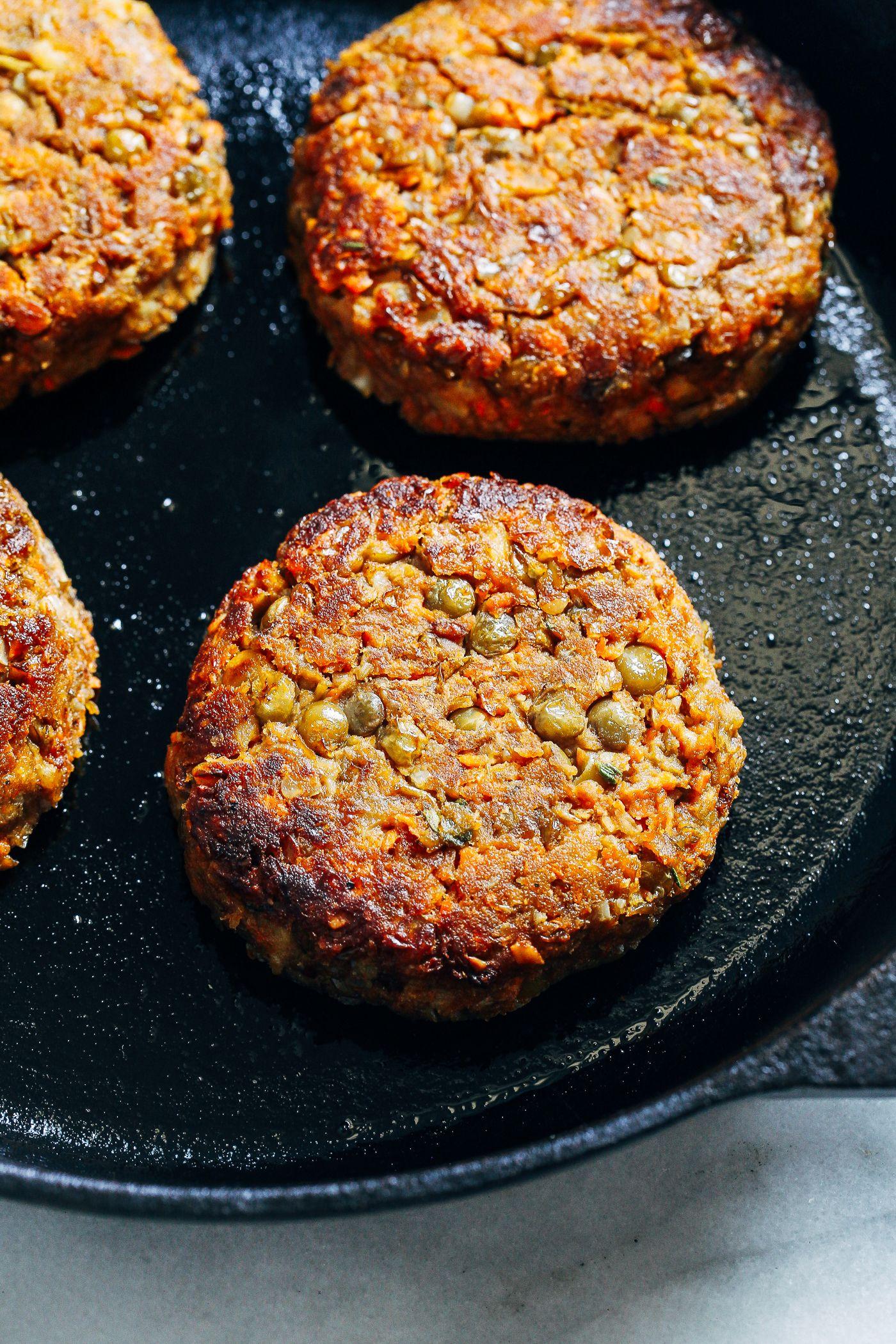 Healthy lentil burgers